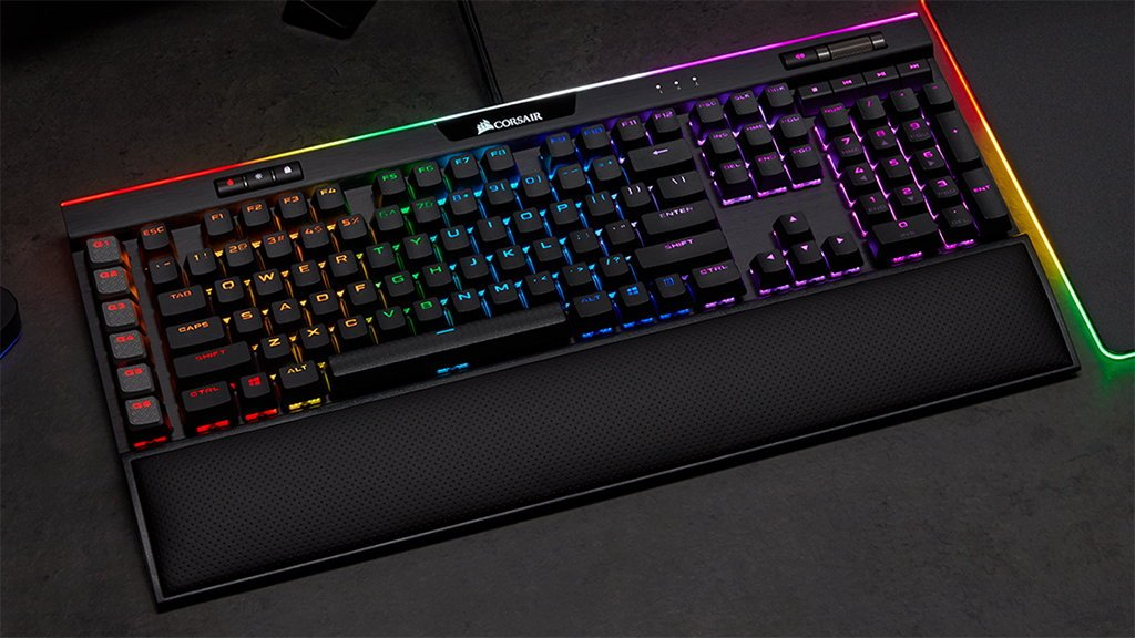 Corsair Gaming K95 RGB Platinum XT