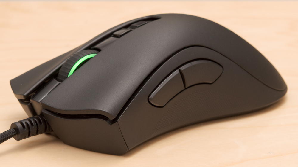 Razer DeathAdder V2 Wired Optical Gaming Mouse Review