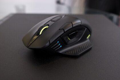 Corsair Dark Core RGB Pro Se Review